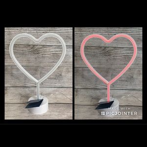 PIER ONE Red LED Light-up Heart ❤️